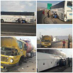 تصادف اتوبوس کارگران معدن سرب و روی گوهجر با کامیون حمل سوخت منجر به ۹ مصدوم شد