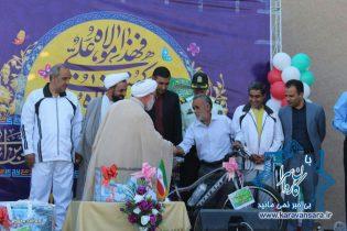 گزارش تصویری/همایش پیاده روی عید غدیر در راور (٢٢عکس)